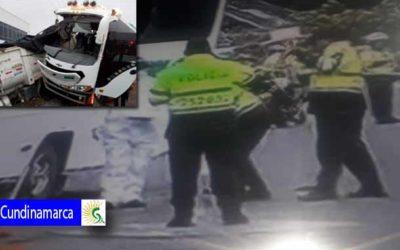 Dos muertos y 38 heridos deja grave accidente en el Rosal Cundinamarca