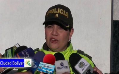 En medio de vidrios, fósforos y peligrosas sustancias químicas, fueron encontrados dos bebés, al interior de una vivienda en Ciudad Bolívar