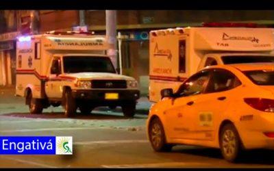 Engativá-Taxista aparentemente ebrio embiste a dos motos en la calle 80 y deja un muerto
